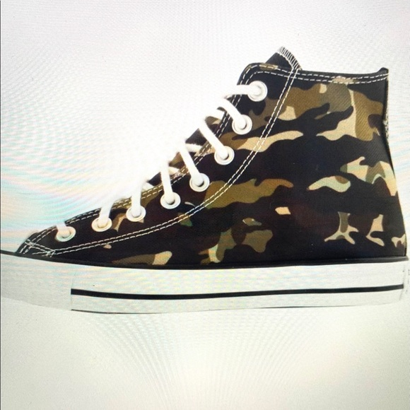 Converse Other - New Hi Top Converse Camouflage Chuck T NEW